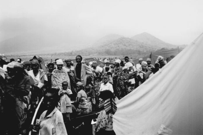 Goma - Photo Isabelle COLLOMBAT - 1994